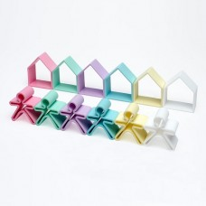 6 people + 6 houses Silicone - Pastel - dëna Toys