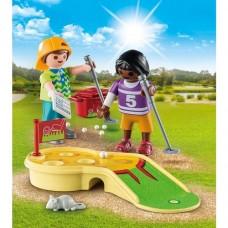 Children Minigolfing - Playmobil