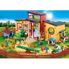 Tiny Paws Pet Hotel - Playmobil NEW in 2019