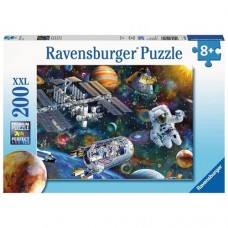 200 pc Ravensburger Puzzle - Cosmic Exploration  XXL