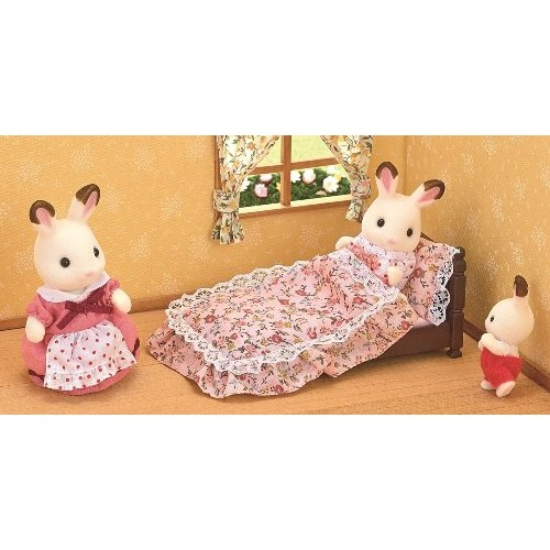 Sylvanian families classic antique bed new in 2016 for Sylvanian classic furniture set