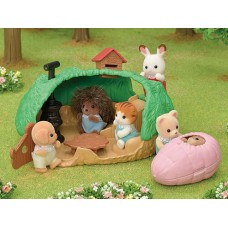 Sylvanian Families - Baby Hedgehog Hideout NEW 2020 AVAILABLE JUNE