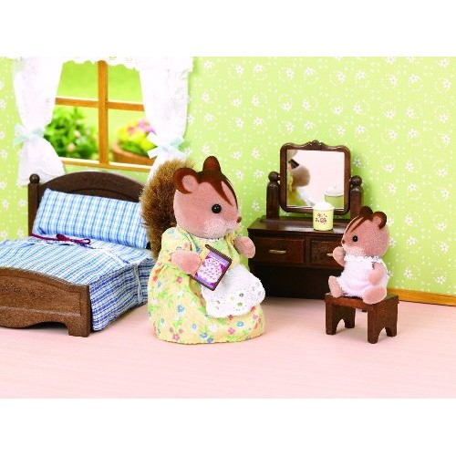 Sylvanian families master bedroom furniture set from for Sylvanian families beauty salon dressing table