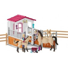 Horse Stall with Horses and Groom - Schleich 42369