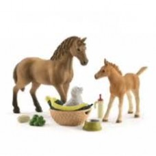 Sarah's Baby Animal Horse Care Set - Schleich 42432
