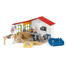 Vet Clinic - Schleich 42502 - NEW for 2020 - AVAILABLE MARCH 2020