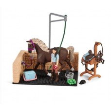 Washing Area with Emily & Luna - Schleich 42437 Available October 2021